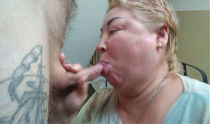 sucking my cock in the entrance