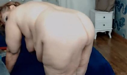 Granny Martha on Cam Showing that Great ass