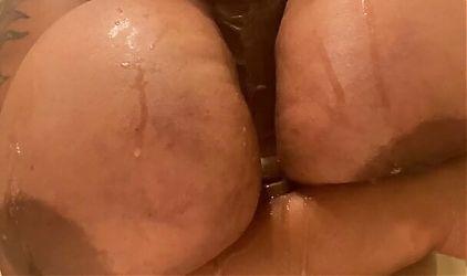 Solo ebony bbw Ky Rarry – big tits dildo titfuck
